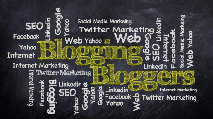 What makes someone an expert at blogging?