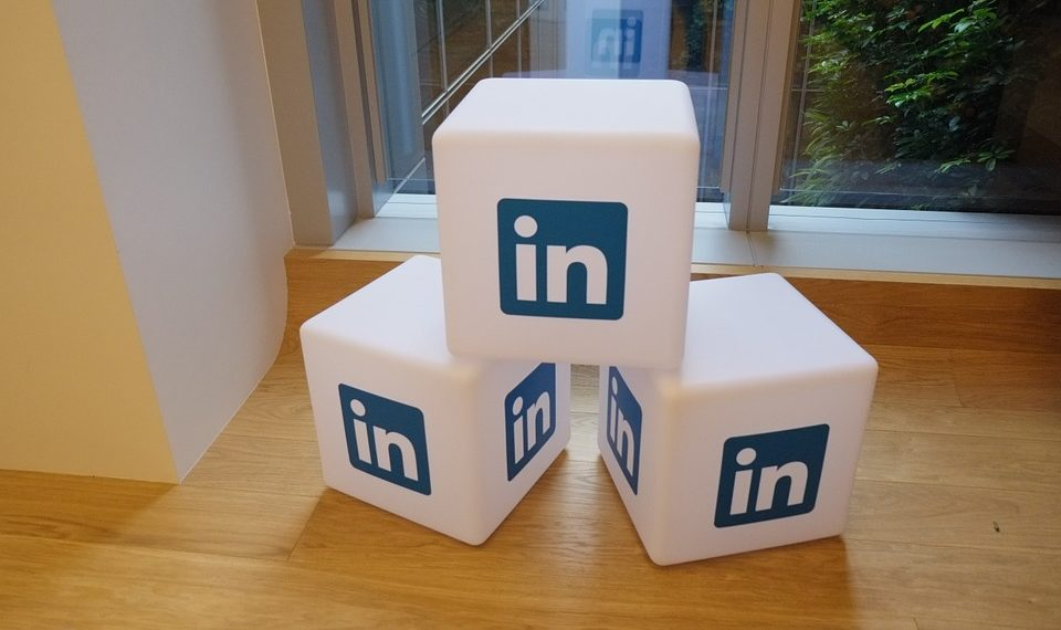 Linkedin trick for small businesses and freelancers